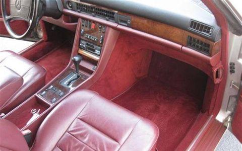 1986 Mercedes Benz 560SEC passenger seat/dash.