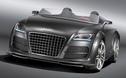 Automotive design, Vehicle, Grille, Land vehicle, Automotive exterior, Automotive lighting, Hood, Car, Fender, Personal luxury car,