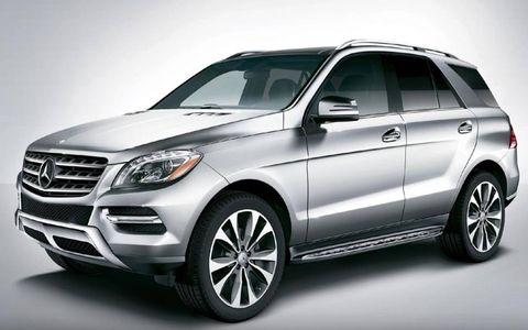 The 2013 Mercedes-Benz ML550 4Matic receives an EPA-estimated 14 mpg city and 20 mpg highway.
