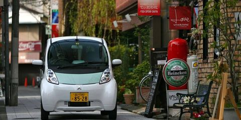 For our road test, we borrowed an i-MiEV in Tokyo, using it day and night for a week as we would any other car in an urban setting.