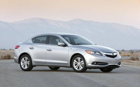 The 2013 Acura ILX Hybrid is equipped with a 1.5-liter engine, mated with a continuously variable transmission.