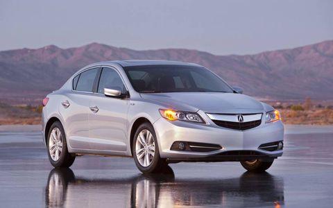 The 2013 Acura ILX Hybrid is an enjoyable drive.