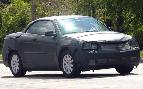 Tire, Wheel, Automotive design, Vehicle, Land vehicle, Glass, Automotive mirror, Rim, Infrastructure, Car,