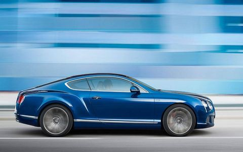 With a 6.0L Twin Turbo W12, the GT Speed churns out 616 hp and 590 lb-ft of torque of heart-pounding excitement