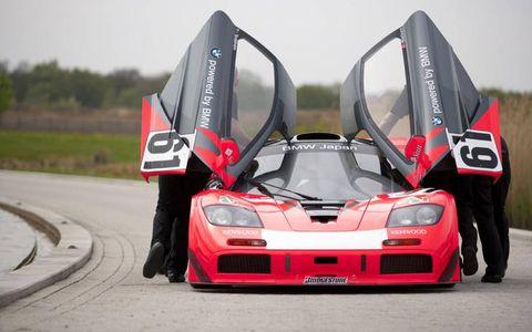 Automotive design, Automotive exterior, Performance car, Motorsport, Car, Sports car, Supercar, Bumper, Sports car racing, Touring car racing,