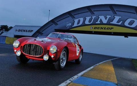 1953 Ferrari 340/375 by the Dunlop bridge.