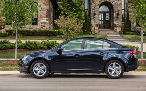 The Cruze's 2.0-liter turbo-diesel four produces 151 horsepower and 264 lb-ft of torque