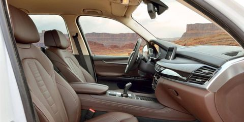 Competing with the likes of the Audi Q7, Mercedes-Benz M-class and Porsche Cayenne the X5 comes with a long options list.