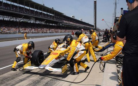 2012 Indy 500: Ryan Hunter-Reay Pit Stop.