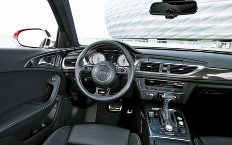 The interior of the 2013 Audi S6.