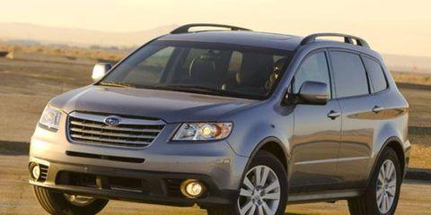 Tire, Wheel, Motor vehicle, Automotive tire, Vehicle, Automotive mirror, Land vehicle, Transport, Automotive design, Car,
