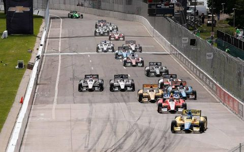 Mike Conway leads the field on Belle Isle Saturday.