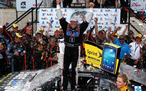 Tony Stewart's chances to make the Sprint Cup Chase improved on Sunday with his win at Dover.