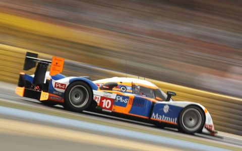 Team ORECA-Matmut, which won the 12 Hours of Sebring early this year, looks to be fighting for the minor positions in its first generation Peugeot 908 HDI-FAP. Photo by: LAT Photographic