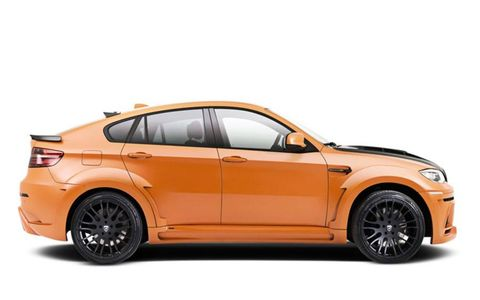 Tire, Wheel, Automotive design, Vehicle, Alloy wheel, Rim, Automotive tire, Car, Spoke, Automotive lighting,
