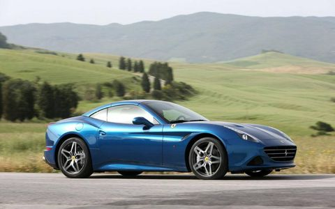 The Ferrari California T peaks at 553 hp and 557 lb-ft of torque.