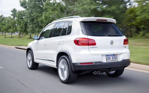 The Volkswagen Tiguan R-Line comes equipped with a six-speed automatic transmission.