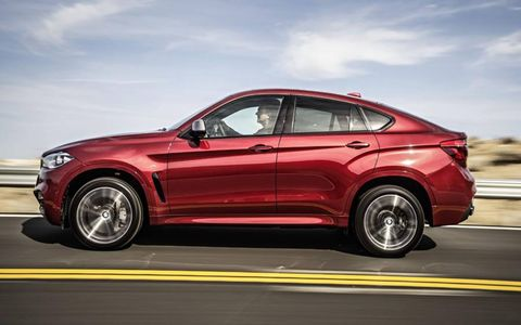 The second-generation X6 was developed hand-in-hand with the recently introduced third-generation X5, with which it shares its mechanical package and will be produced alongside at BMW's factory in Spartanburg, South Carolina.