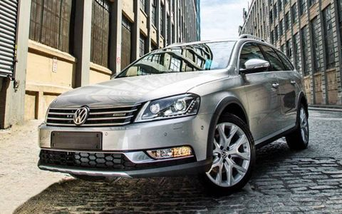 The suits inside the Wolfsburg, Germany, headquarters are mulling a plan for a cross-over version of the future Jetta SportWagen along the lines of the recently introduced Alltrack concept.