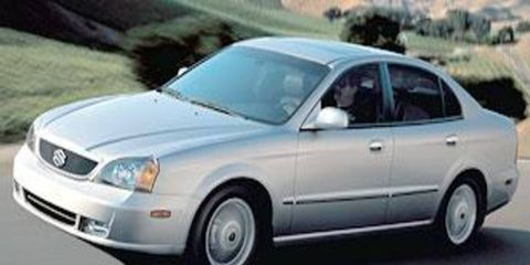 Tire, Mode of transport, Nature, Transport, Vehicle, Daytime, Automotive mirror, Automotive design, Land vehicle, Car,