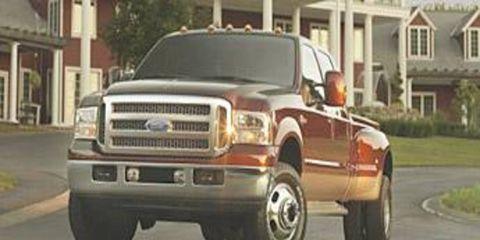 Motor vehicle, Tire, Mode of transport, Road, Automotive tire, Automotive design, Transport, Window, Vehicle, Automotive parking light,