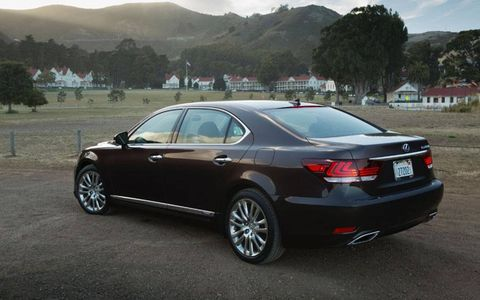The 2013 Lexus LS 600h L is equipped with a 5.0-liter V8 hybrid engine producing a whopping 438 hp with 385 lb-ft of torque.