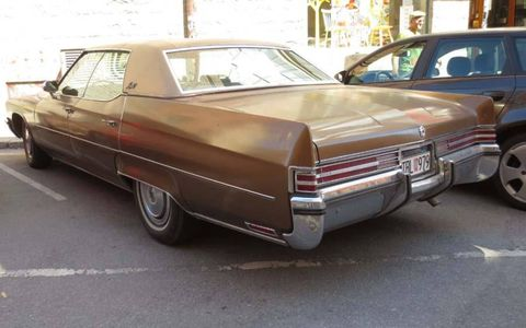 Buick's deuce-and-a-quarter still had substantial fins in 1972.