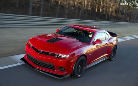 The 2014 Chevrolet Camaro Z/28 comes with a 500 hp, 470 lb.-ft. torque LS7 seven-liter V8.