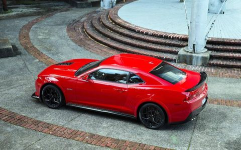 The Z/28 comes equipped with carbon-ceramic Brembo brakes.