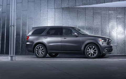 The 2014 Dodge Durango R/T receives an EPA-estimated 16 mpg combined fuel economy.