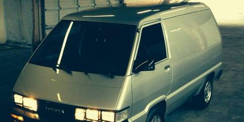 Go vanning in retro-future style with this super-clean 1986 Toyota.