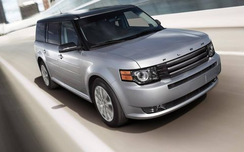 A front view of the 2012 Ford Flex.