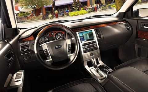 The instrument panel of the 2012 Ford Flex.