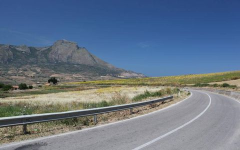 In its final form the Targa Florio circuit covered almost 45 miles of narrow, mountainous public roads and 567 turns