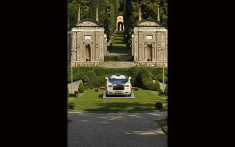 The grounds at Villa d'Este are stunning, even without a Rolls Royce Phantom parked in the middle.