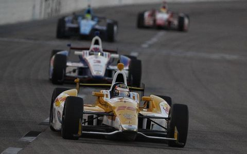 2012 IndyCar Texas: Ryan Hunter-Reay leads Helio Castroneves, Tony Kanaan and Justin Wilson.