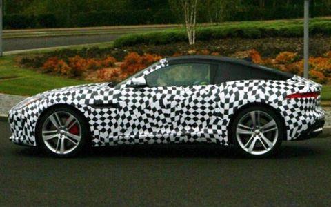 Jaguar F-Type coupe spy shots