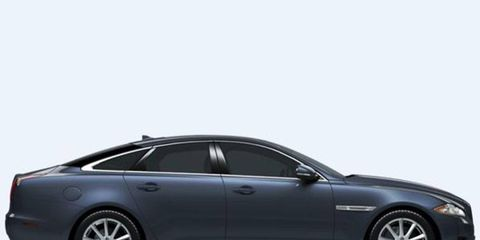 The XJ AWD comes with a 3.0-liter supercharged V6 mated to an eight speed automatic
