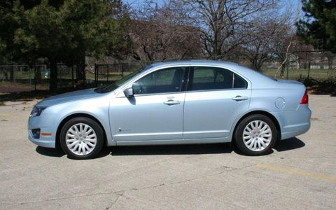 Driver's Log Gallery: 2010 Ford Fusion Hybrid