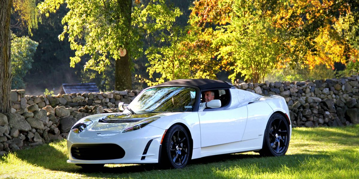 The First Tesla Roadster A Look Back At The Early Adopter S Electric Car
