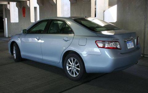 Driver's Log Gallery: 2010 Toyota Camry Hybrid