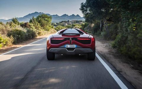 The undertray is smooth for both aerodynamics and off-road clearance.