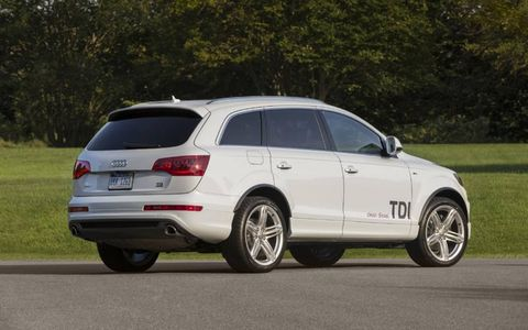The 2014 Audi Q7 3.0 TDI Prestige is equipped with a 3.0-liter turbocharged diesel V6 coupled with a eight-speed automatic gearbox.