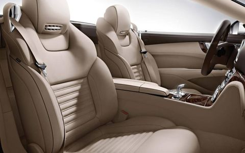 The 2013 Mercedes-Benz SL550 has a flawless interior.