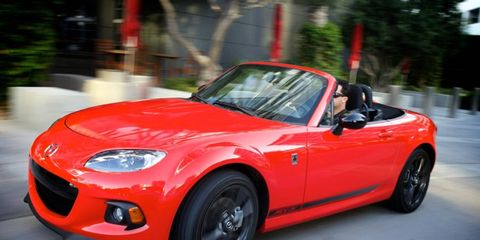 The 2.0-liter I4 in the 2014 Mazda MX-5 Miata Club PRHT produces 167 hp with 140 lb-ft of torque.