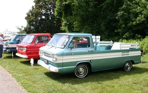 A pair of Corvair Rampside pickups, both from 1961, flank a pair of Corvair-based Greenbriar vans. There were also a couple of Corvair wagons (aka Lakewood) and even an Corvair-platform Ultra-Van motorhome! Of the 326 entries, 23 were Corvairs, but their numbers were dwarfed by the Studebaker and Hudson entries.