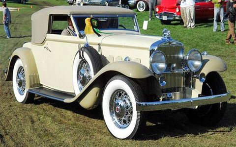 Best-in show went to Andy Simo of Riverside, Ill., for this beauty. The Rollston coachwork puts a steeply-raked windshield on a close-coupled body mounted forward on the 145-inch wheelbase Stutz chassis.  The Stutz DV32 in-line eight has twin camshafts, 32 valves, and hemispherical combustion chambers producing 156 horsepower.