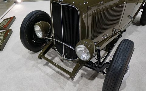 Some details of the winning roadster.