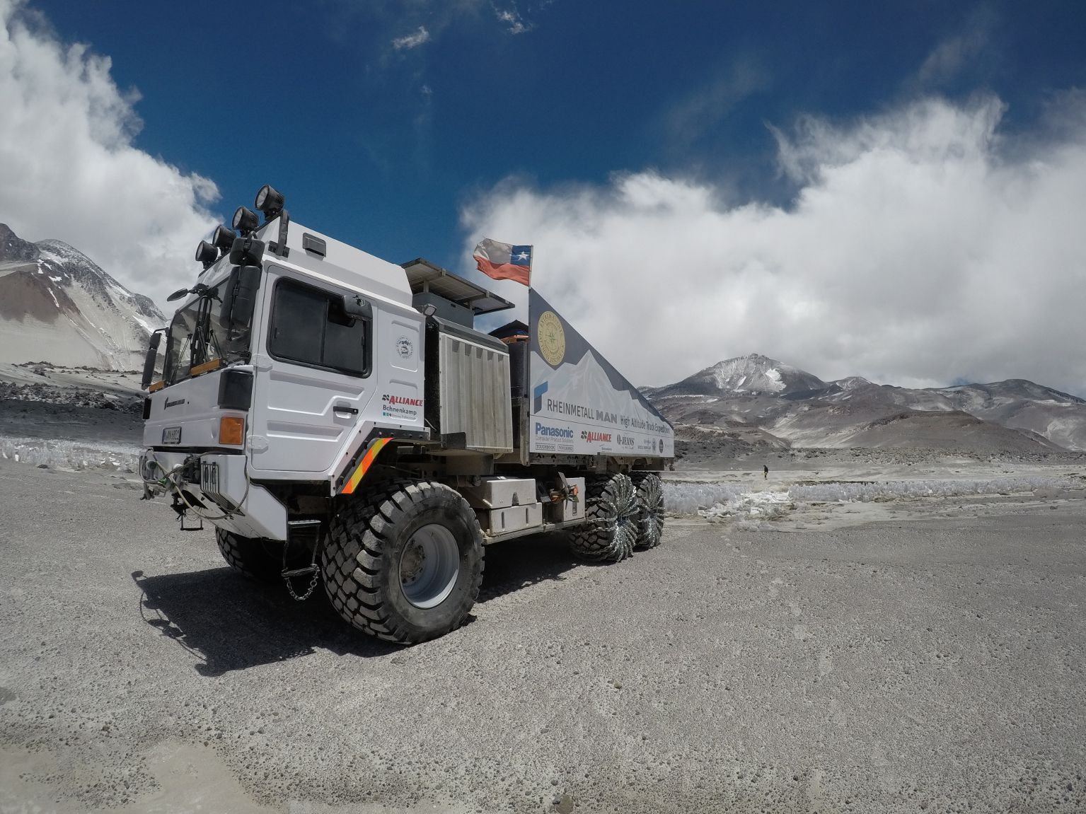 Watch This Righteous 6x6 Truck Take On The World S Highest Active Volcano