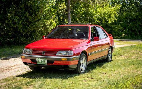 The Peugeot 405Mi16 sedan